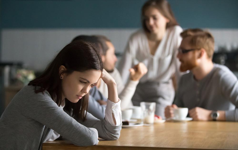 Sentimentos comuns aos suicidas: intolerável (não suportar), inescapável (sem saída) e interminável  (sem fim)